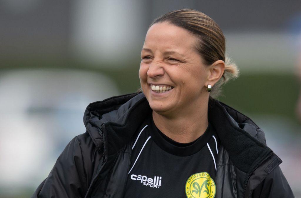 Inka Grings war einst Profi-Fußballerin und trainiert seit einem Jahr die Herren eines Clubs aus Nordrhein-Westfalen. Foto: