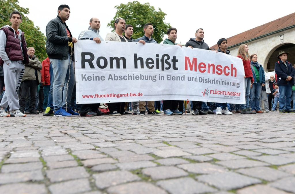 Demonstration in Stuttgart gegen die Abschiebung von Roma in die Westbalkanstaaten. Foto: dpa