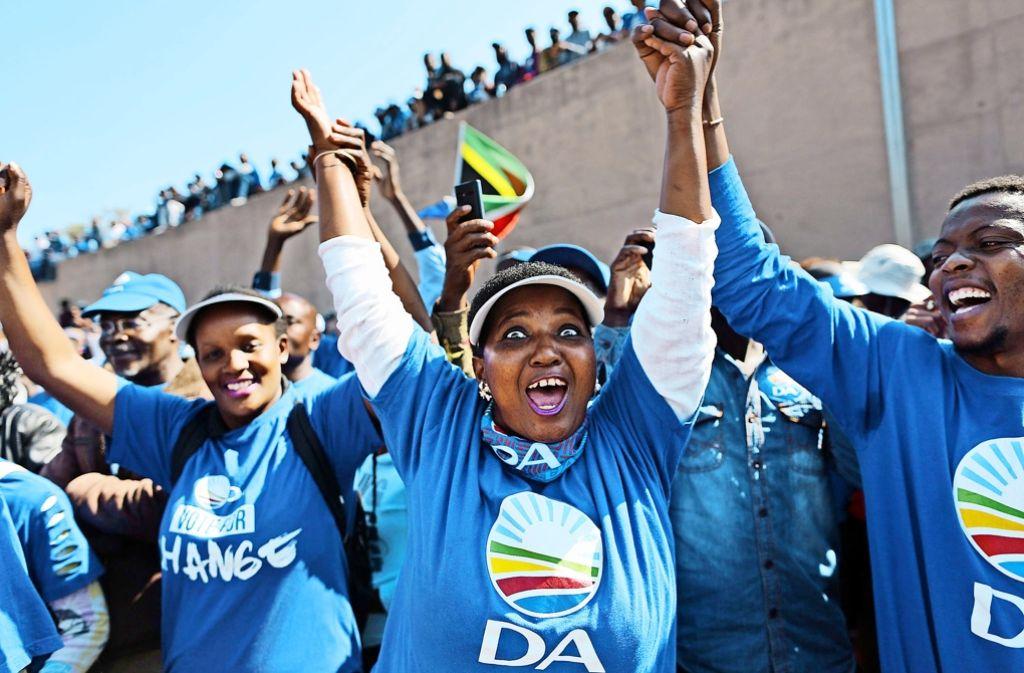 Anhänger der Partei Demokratische Allianz in Pretoria. Foto: