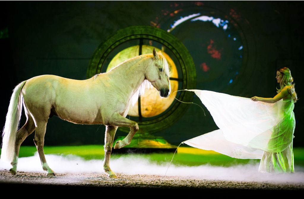 """Das Pferde-Spektakel Apassionata gastiert mit der Show """"Der magische Traum"""" bis Freitag in der Schleyerhalle Foto: Lichtgut/Christoph Schmidt"""