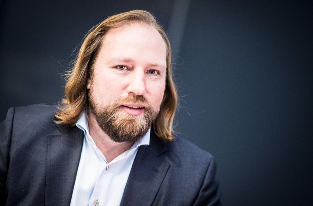 """Hofreiter kritisierte, dass Scheuer sein Ministerium """"nicht im Griff"""" habe. Foto: dpa/Sophia Kembowski"""