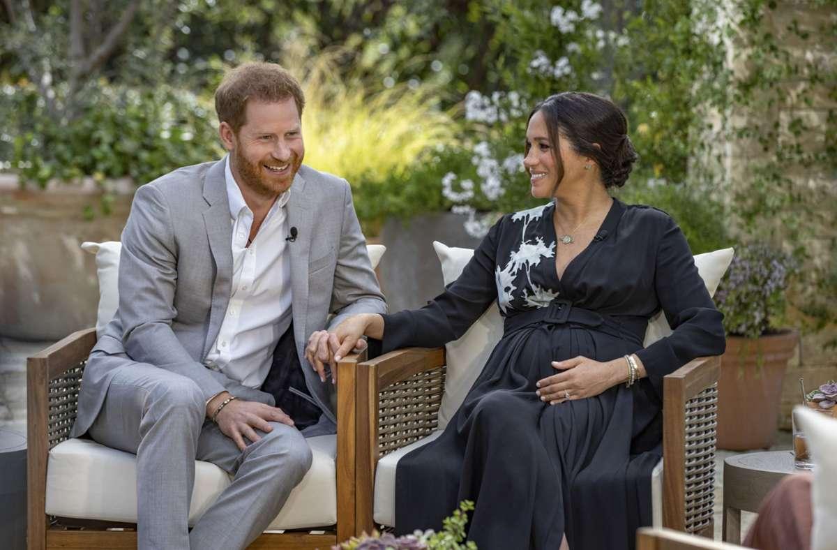 Herzogin Meghan und Prinz Harry bei ihrem jetzt schon berüchtigten TV-Interview mit Oprah Winfrey. Foto: dpa/Joe Pugliese