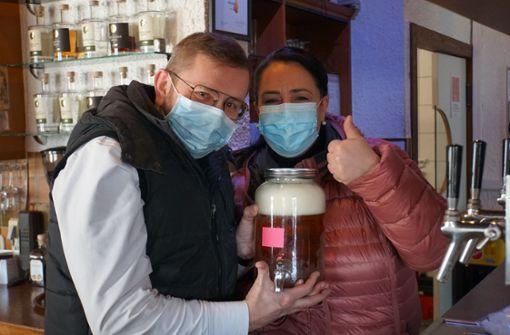 Gaststätte  in Bietigheim verschenkt Bier