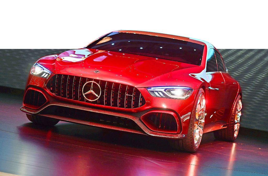 Der viertürige Mercedes-AMG GT   feierte im März auf dem Autosalon in Genf Premiere und soll 2018 in Serie gehen. Foto: dpa