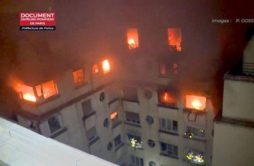 Zahlreiche Tote bei Wohnhausbrand in Paris