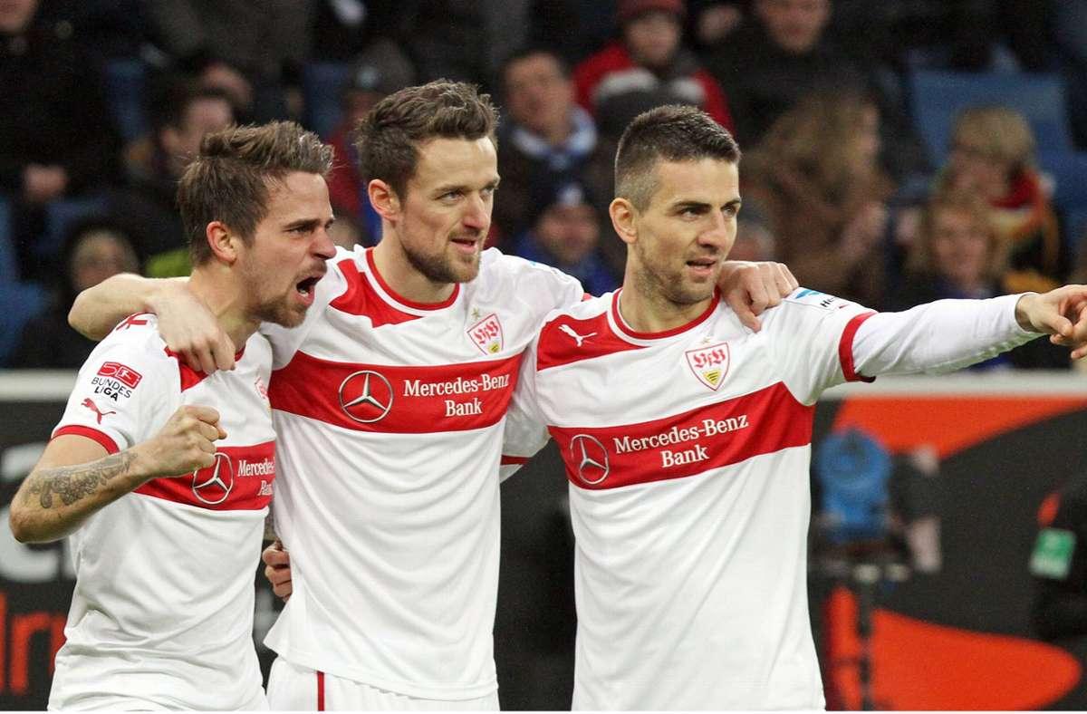 VfB-Jubeltrio: Martin Harnik, Christian Gentner und Vedad Ibisevic (v. li.) im Februar 2013 in Sinsheim Foto: imago/Rudel