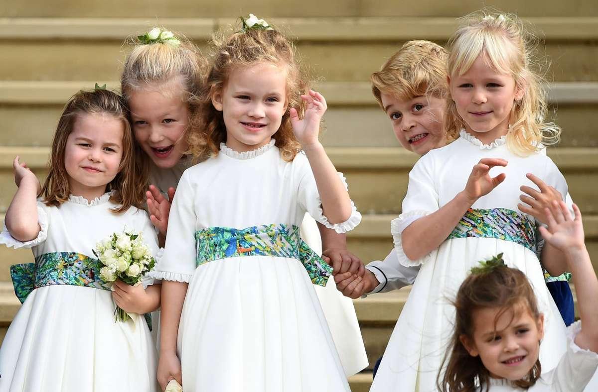 Ein paar der Urenkel von Queen Elizabeth II. und Prinz Philip: Prinzessin Charlotte (links), Prinz George, Savannah (zweite von links) und Isla. (rechts). Das Mädchen in der Mitte ist die Enkelin von Prince Michael of Kent. Foto: imago/i Images