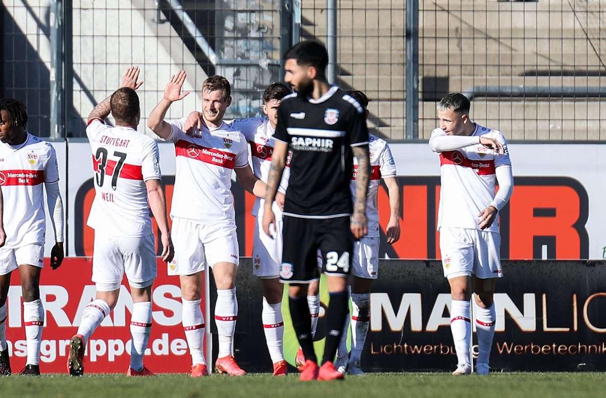 Große Freude bei den Spielern des VfB Stuttgart II Foto: imago images/Moritz Kegler