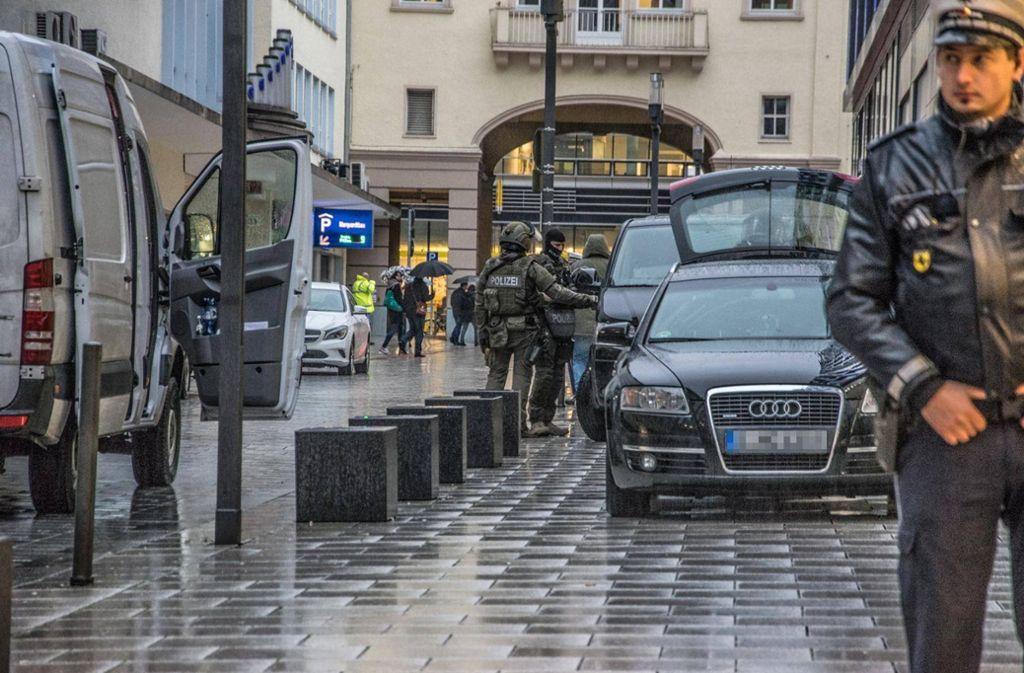 Am Freitagnachmittag rückt das SEK an der Lautenschlagerstraße an. (Archivfoto) Foto: 7 aktuell