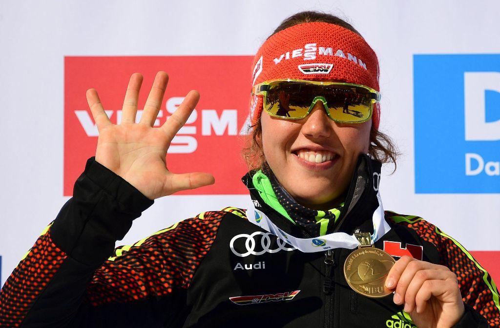Fünf WM-Titel und eine Silbermedaille: Laura Dahlmeier ist die Strahlefrau der Biathlon-WM in Hochfilzen. Foto: AFP