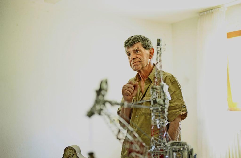 Kappel ist gut im Geschäft.  Für seine Arbeiten  zahlen Sammler bis zu 15000 Euro.  Der 67-Jährige hatte   bereits Ausstellungen in England, Belgien und Schottland.  Foto: Benjamin Ulmer Foto: