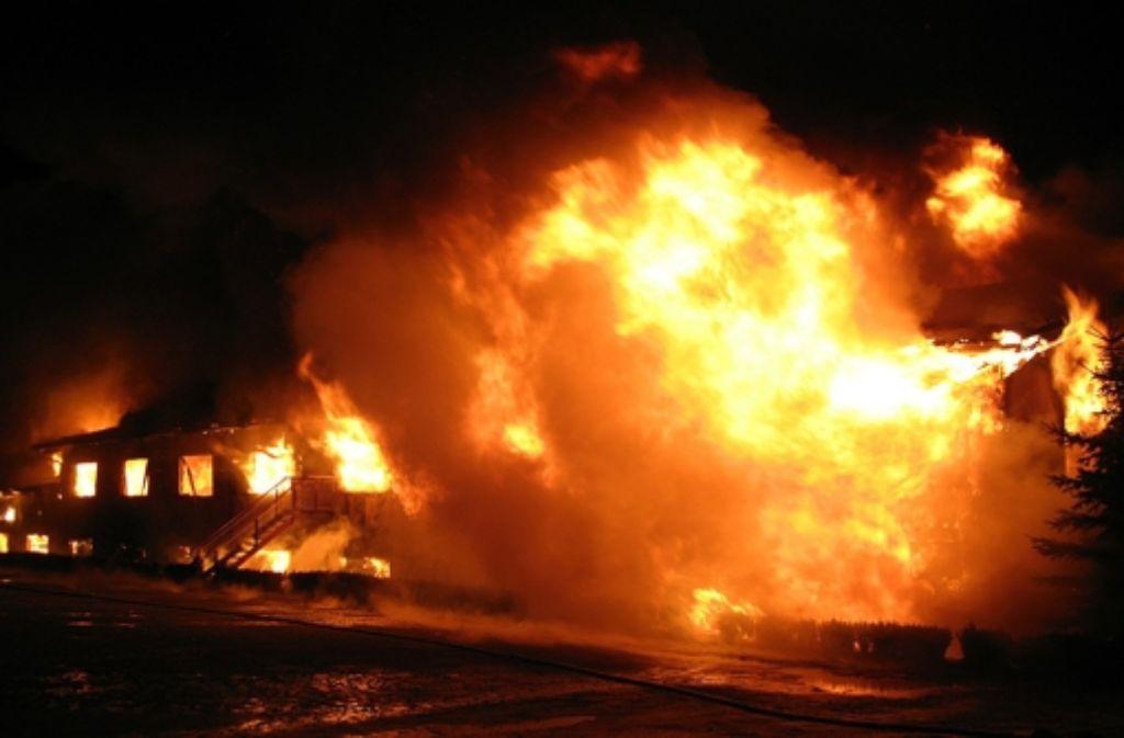 Man wird womöglich nie den Grund für den Brand der Kamelfarm in Ebhausen herausfinden. Foto: Polizei