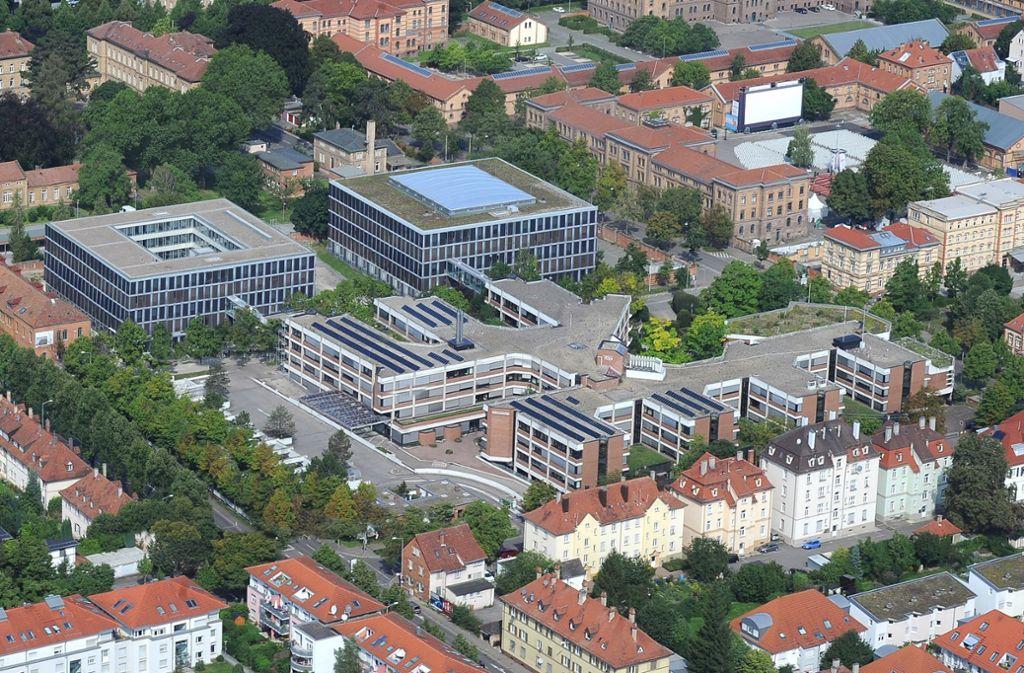 Das Landratsamt Ludwigsburg bekommt einen neuen Chef: Am 15. November haben die Kreisräte die Wahl zwischen vier Kandidaten. Foto: Werner Kuhnle