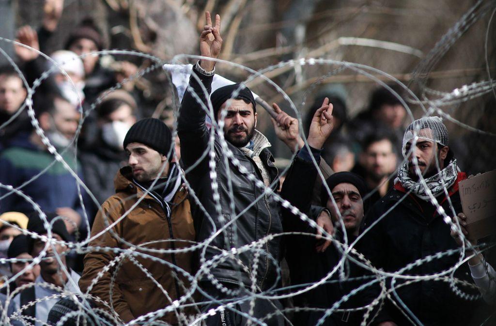 Die Lage an den EU-Außengrenzen ist derzeit angespannt. Foto: dpa/Dimitris Tosidis