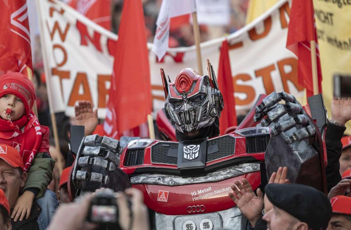 Bereits im vergangenen Jahr gab es Proteste gegen den Jobabbau in der Automobilindustrie. Foto: Leif Piechowski