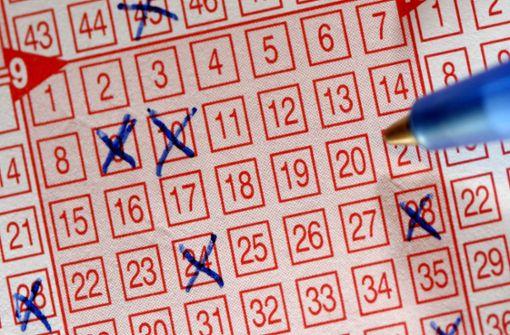 Lottospieler gewinnt fast zwei Millionen Euro