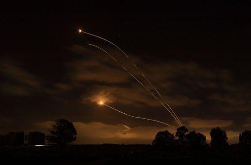 Rund 1750 Raketenabschüsse auf Israel - etliche Tote in Gaza
