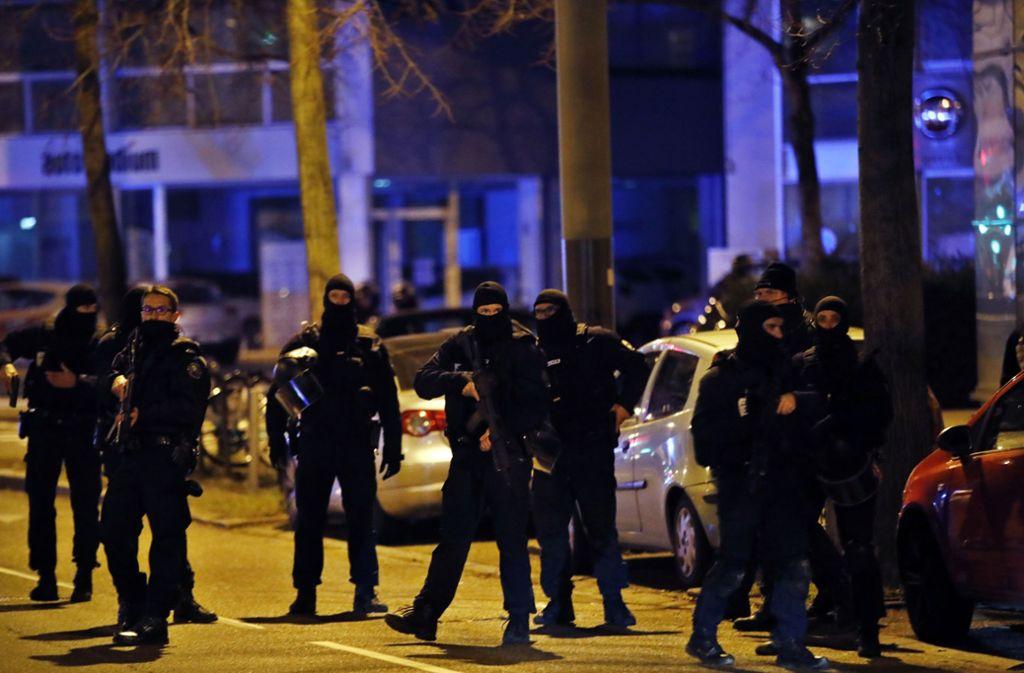 In Neudorf kam der mutmaßliche Attentäter bei einem Zugriff der Polizei ums Leben. Foto: AP