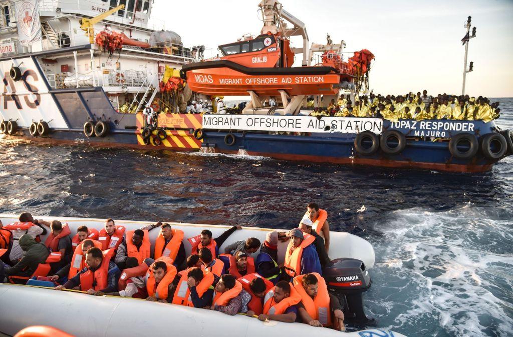 Im Mittelmeer sind Hunderte Flüchtlinge in Seenot geraten und ertrunken. (Archivfoto) Foto: AFP