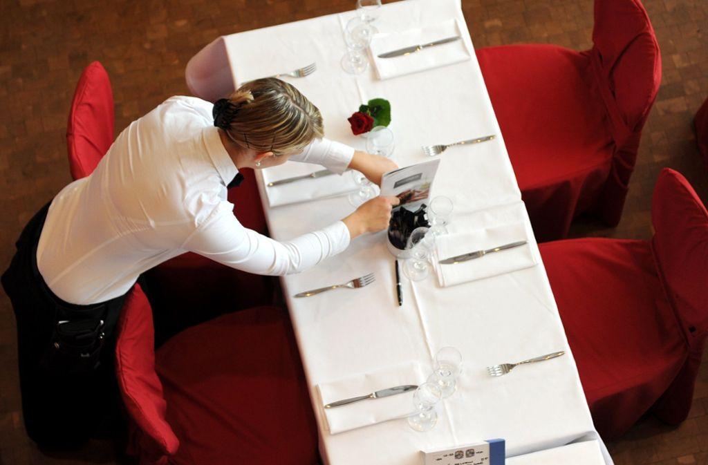 Im Stuttgarter Gastgewerbe ist die Zahl der Beschäftigten in den vergangenen zehn Jahre um etwas mehr als die Hälfte gewachsen. Die wichtigsten Arbeitgeber in Stuttgart sehen Sie in der Galerie. Foto: dpa