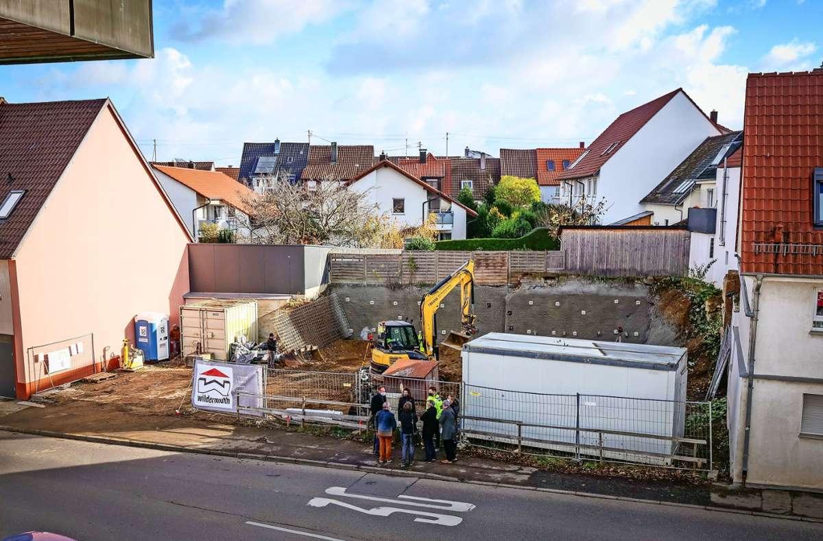 Offizieller Spatenstich: In Hemmingen soll Wohnraum mit sozial verträglichen Mieten entstehen. Foto: factum/Simon Granville