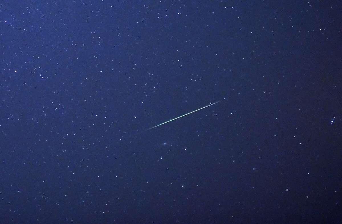 Sternschnuppen sollen Glück bringen. Foto: dpa/Hendrik Schmidt