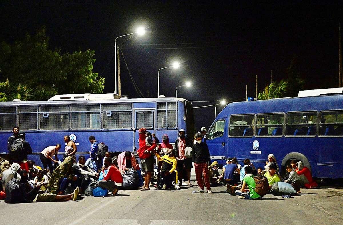Der deutsche Europaabgeordnete Erik Marquardt hält es für möglich die  obdachlos gewordenen Menschen auf Kreuzfahrtschiffen unterzubringen. Foto: dpa/Panagiotis Balaskas