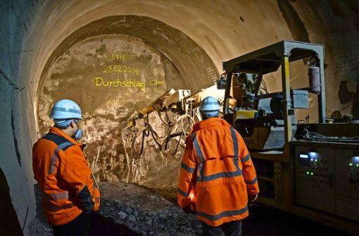 Tunnelbauer kämpfen sich durch Anhydrit