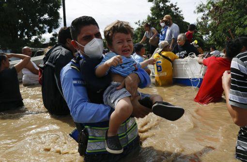 "57 Tote durch Hurrikan ""Eta"""