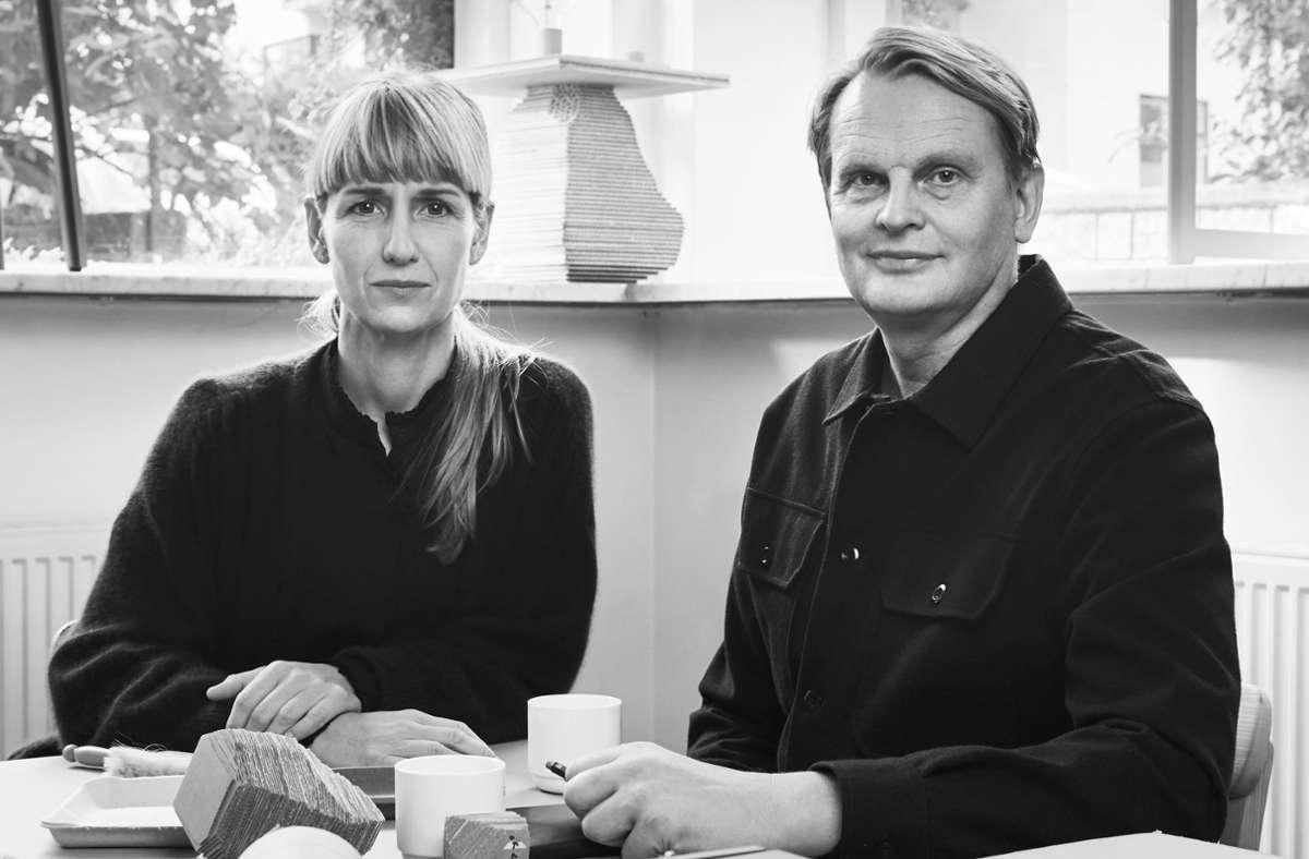 Die schwedischen Designer Gabriella Gustafson und Mattias Ståhlbom entwerfen unter dem Namen TAF Studio Sofas, Tische, Stühle und Leuchten  für renommierte Firmen wie Artek und Muuto. Auch für Museen haben sie jüngst Möbel gestaltet. Foto: TAF Studio/PR