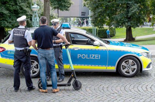Mehr als 230 Verstöße mit E-Rollern