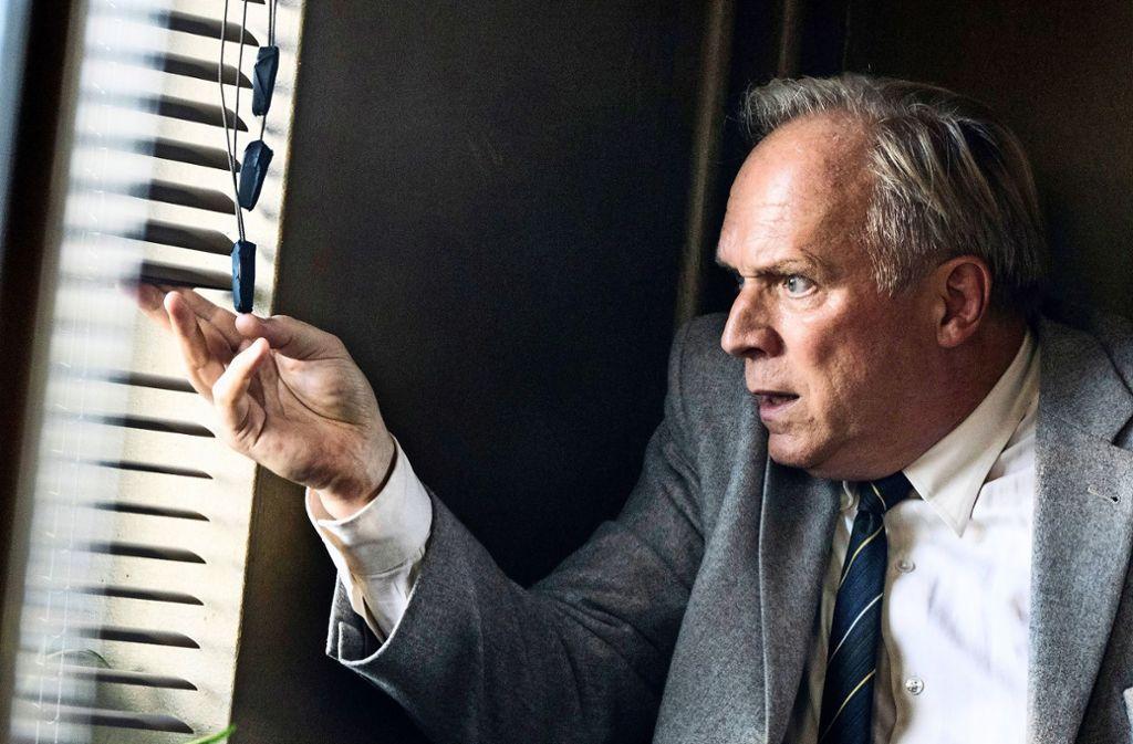 Nicht nur Murot (Ulrich Tukur) steht unter Beschuss. Foto: HR/Bettina Müller