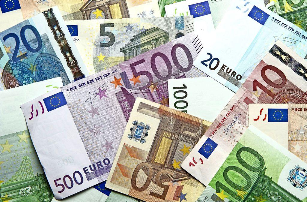 Die gute Konjunktur bringt auch den Kommunen  steigende Steuereinnahmen. Das Geld wird für Investitionen und den Schuldenabbau genutzt. Foto: dpa
