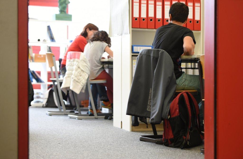 Um Geld einzusparen plant Kultusministerin Susanne Eisenmann (CDU) die Erhöhung des Klassenteilers bei den Gemeinschaftsschulen. Das Geld so anderweitig genutzt werden. Foto: dpa