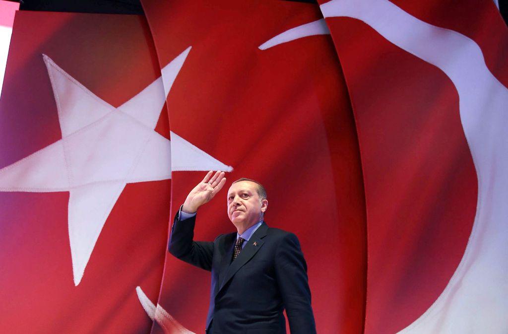 Präsident Erdogan verabschiedet sich von der  Meinungsfreiheit in der Türkei. Foto: dpa