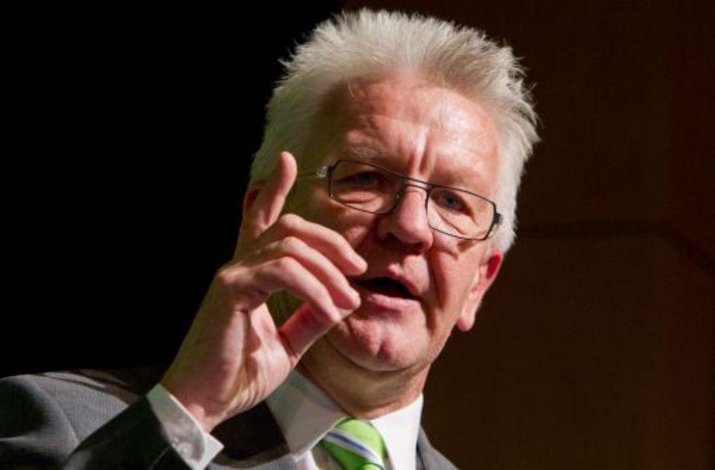 Regierungschef Kretschmann verlangt von der Bahn, Mehrkosten allein zu tragen. Foto: dpa