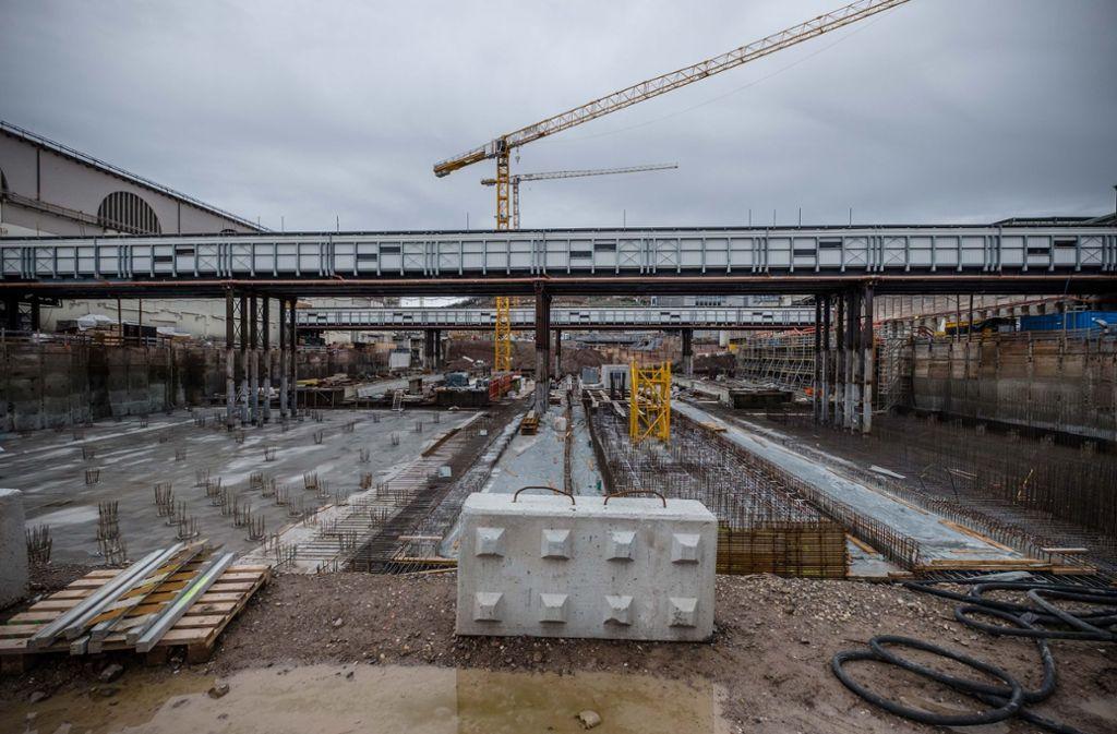 Die Baustelle für den neuen Tiefbahnhof hat enorme Ausmaße. Foto: Lichtgut/Leif Piechowski