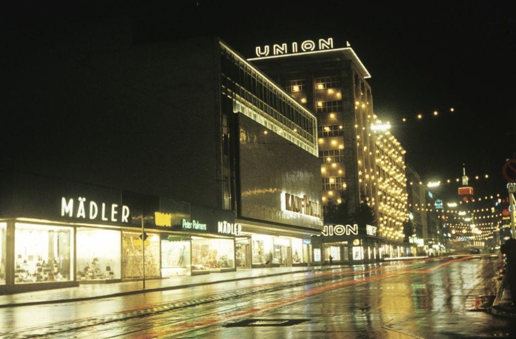 Ein seltener Anblick: Die Königstraße in Stuttgart einmal menschenleer. Das Foto ist Ende der 50er Jahre entstanden. Foto: VZZZ-Chronist Kurt Däß