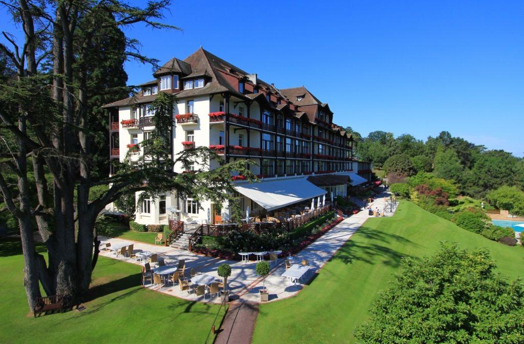 Eine erstklassige Adresse für den Fußball-Weltmeister: Das Nobelhotel Ermitage in Evian-les-Bains am Ufer des Genfer Sees. Foto: Evian Resort/dpa