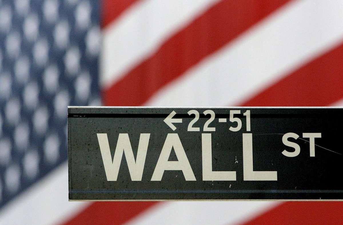 Das weltweit wohl bekannteste Börsenbarometer schaffte es am Dienstag ganz knapp über die viel beachtete Marke (Archivbild). Foto: dpa/A2800 epa Justin Lane