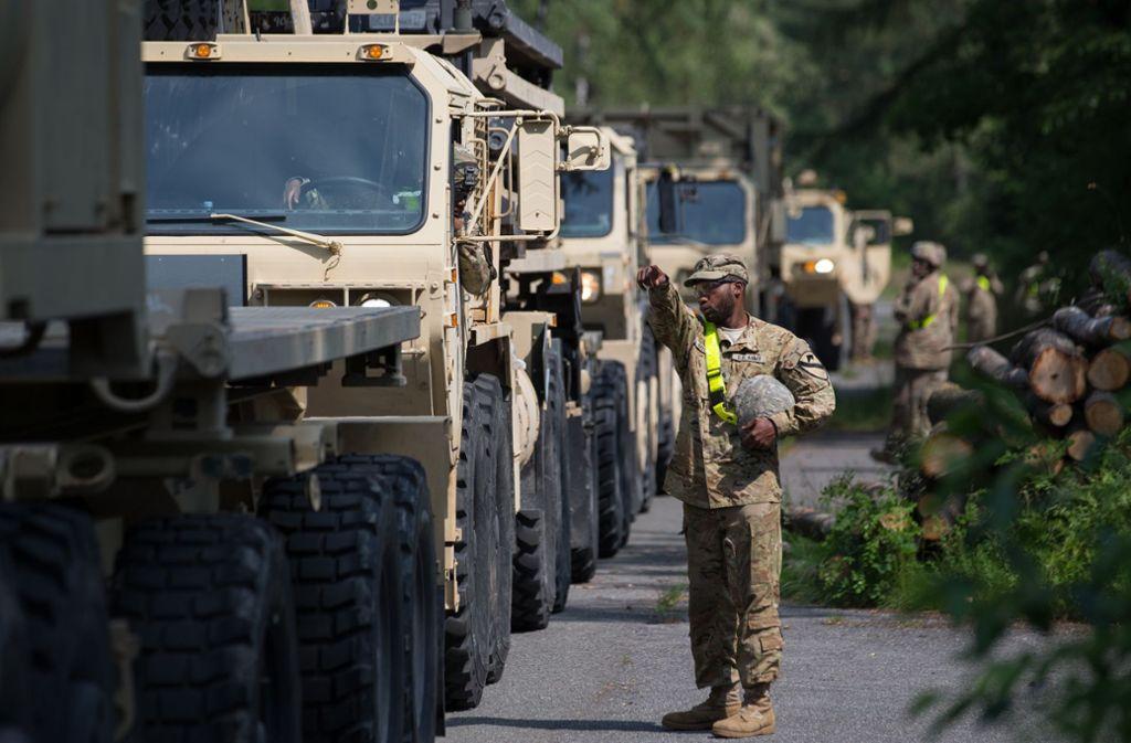 US-Militärfahrzeuge. Foto: picture alliance / Friso Gentsch/Friso Gentsch
