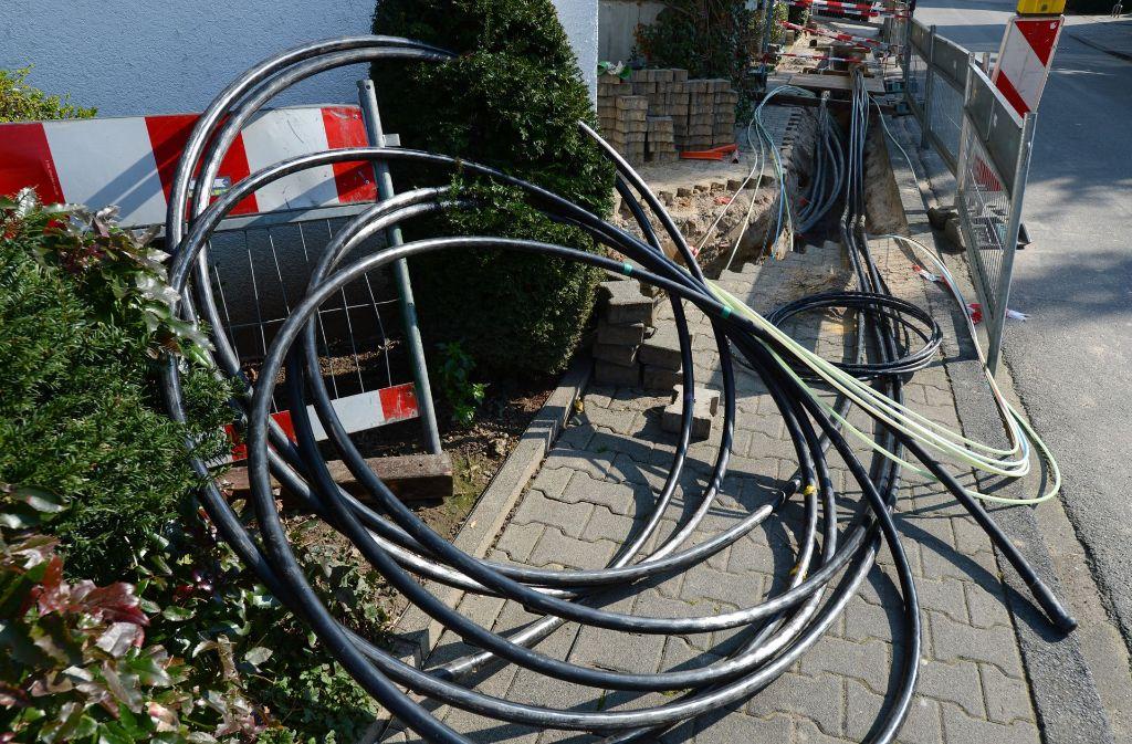 Ein defektes Kabel hat am Dienstag in Esslingen einen kurzzeitigen  Stromausfall verursacht. Foto: dpa