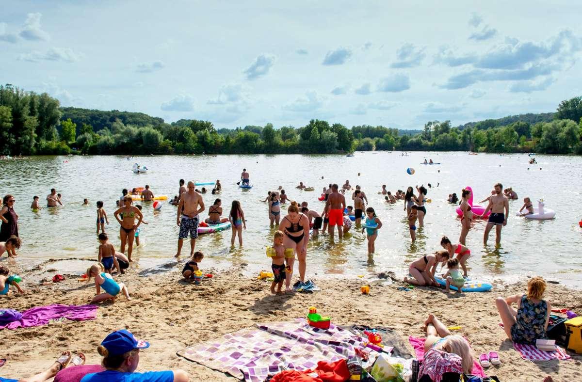 Gedränge am Strand und im Wasser. Foto: 7aktuell.de/Nils Reeh