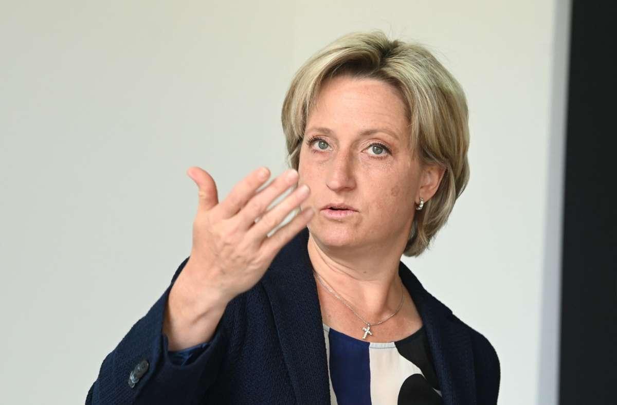 Die baden-württembergische Wirtschaftsministerin Nicole Hoffmeister-Kraut (CDU) äußerte sich am Mittwoch (Archivbild). Foto: dpa/Uli Deck