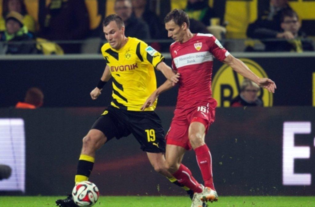 Der VfB Stuttgart hat sich am Mittwochabend im Signal Iduna Park in Dortmund 2:2 vom BVB getrennt. Hier gibts die Bilder vom Spiel. Foto: dpa