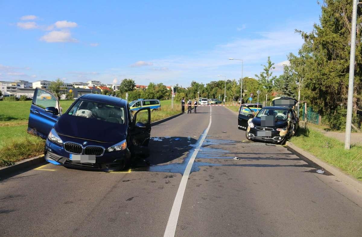 Bei dem Unfall wurden drei Personen schwer verletzt. Foto: SDMG/SDMG / Pusch