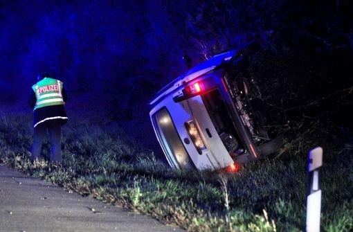 Geisterfahrer stirbt, sieben Frauen verletzt