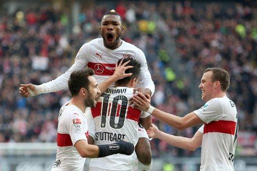 VfB Stuttgart siegt 4:2
