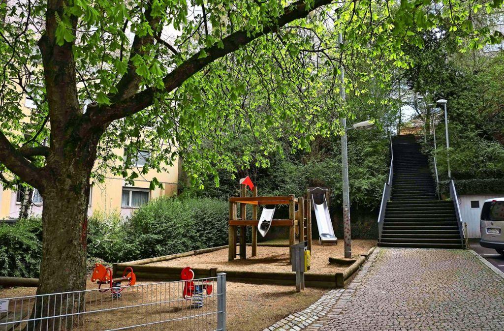 Der Spielplatz an der Lorenzstaffel soll schöner werden. Doch die  Mittel aus der Stadtentwicklungspauschale  reichen derzeit nicht aus für die Erneuerung. Foto: Lichtgut/Max Kovalenko
