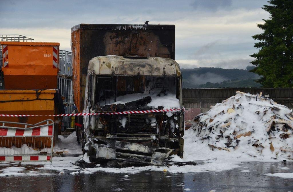 Die Ursache der Explosion auf dem Recyclinghof ist noch unklar. Foto: Andreas Rosar Fotoagentur-Stuttgart